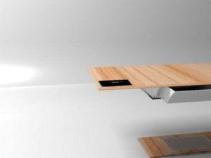 lewitujący stół