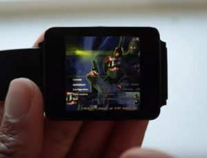Counter Strike uruchomiony na smartwatchu